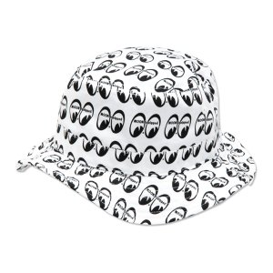 Photo: MOON Equipped Bucket Hat