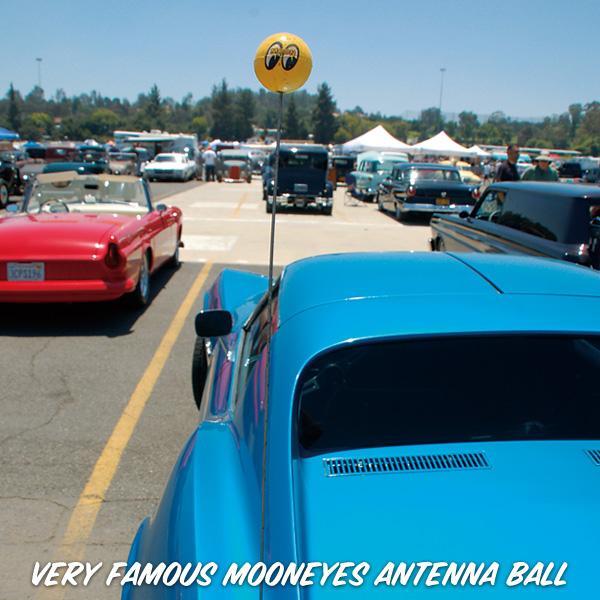 Mooneyes Antenna Topper Yellow