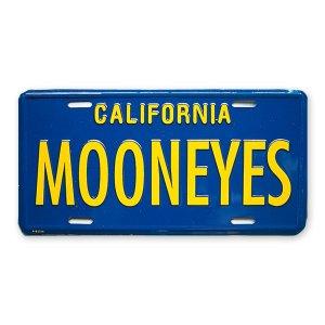 Photo: MOONEYES California Steel License Plates Blue