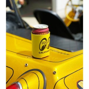 Photo: MOON Pocket Can Cooler