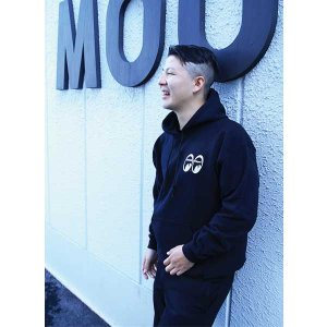 Photo: MOON Equipped Pullover Parka