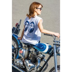 Photo: MOON Equipped Muscle Ladies T-shirt